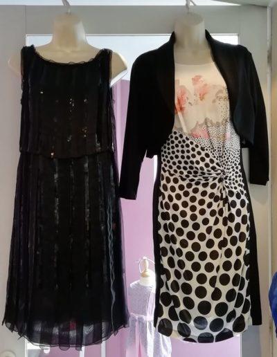 Nombreuses robes noires